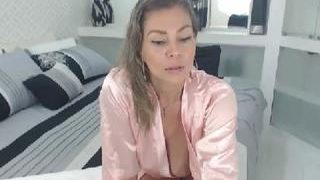 cameron-milf on cam for live i sexy video chat