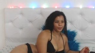 arianna-ass on cam for live i sexy video chat