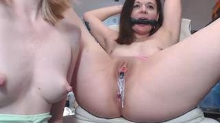 llovers4u2 on cam for live i sexy video chat